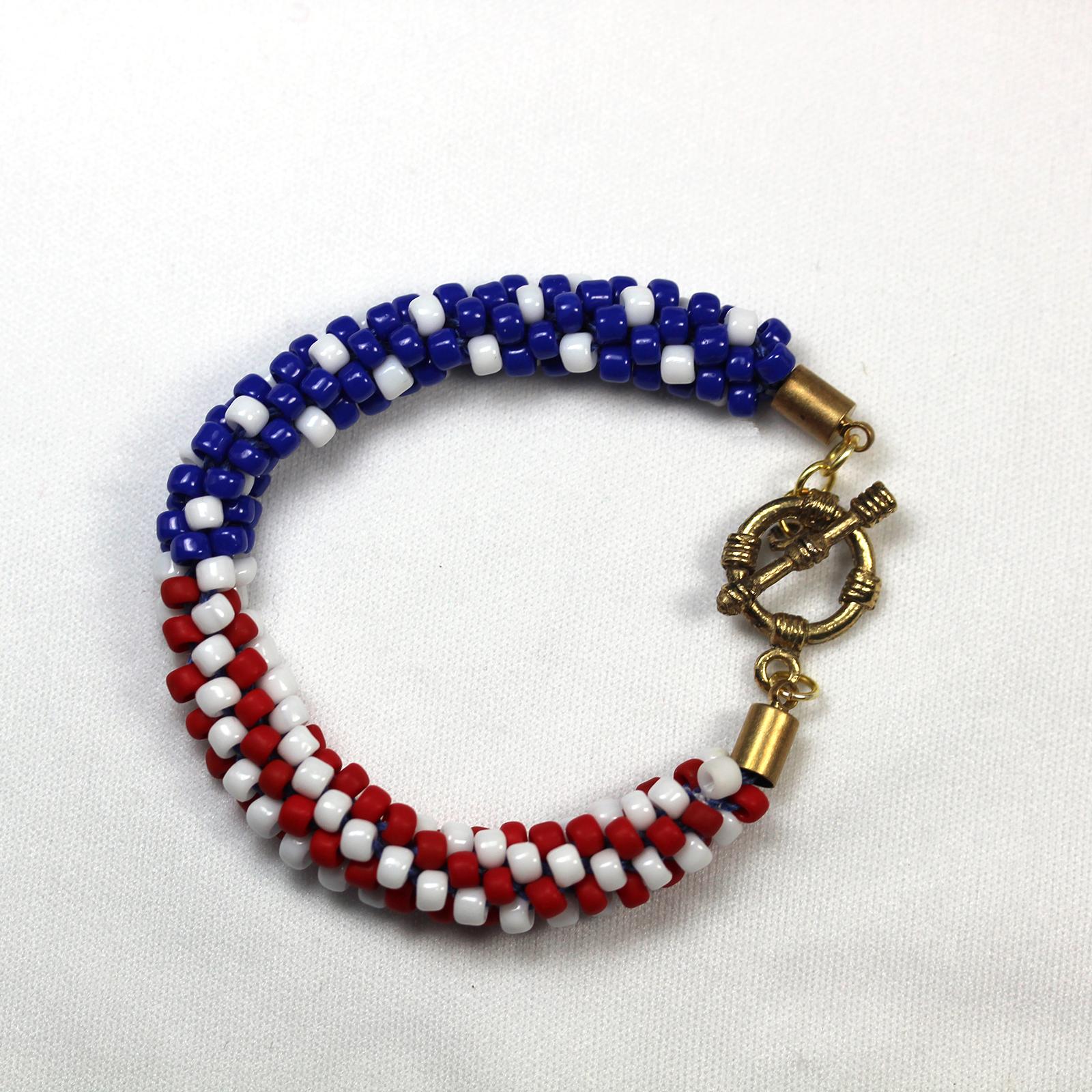 Designer Jewelry - KumihimoAmericaFlagwStripesPattern