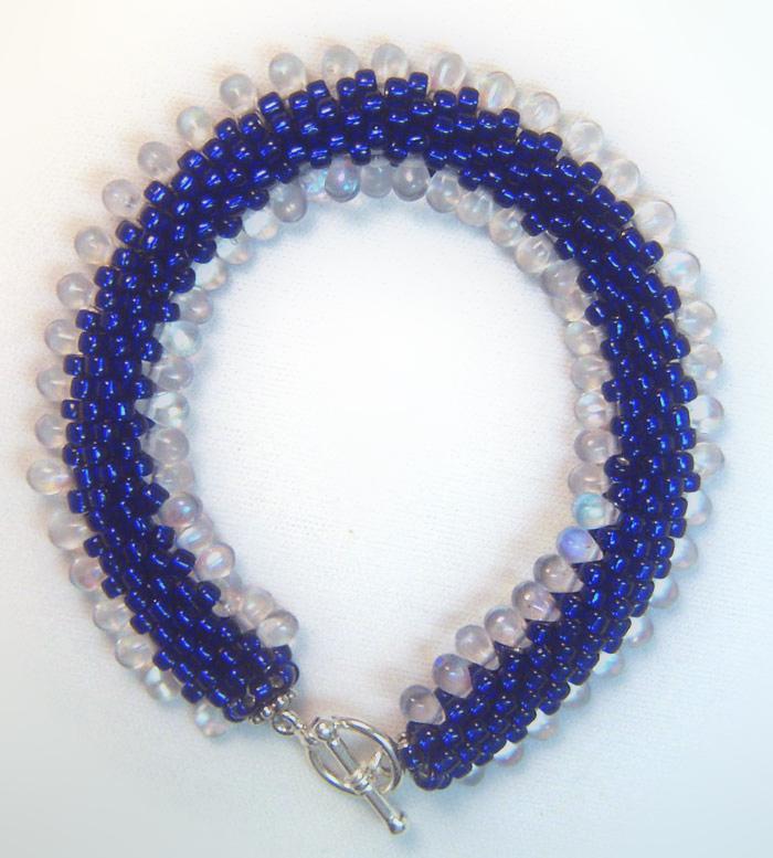 Bead Crochet 101: Beachy Little Bracelet #2