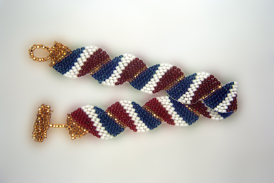 Designer Jewelry - Wavy Flag- France Bracelet Pattern
