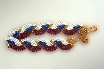Designer Jewelry - Wavy Flag- Czechoslovakia Bracelet Pattern