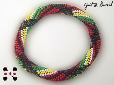 Designer Jewelry - McFarland Plaid Bead Crochet Bangle Pattern